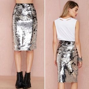 Silver metallic sequined pencil skirt